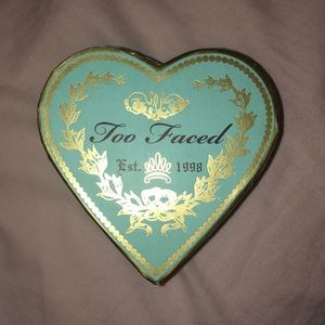 Too Faced Sweet Tea bronzer!